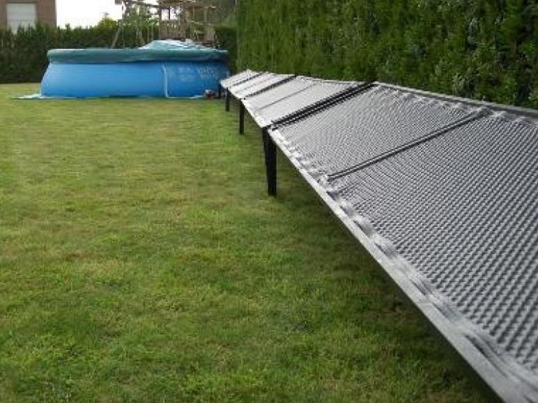 chauffer l eau de sa piscine l 39 nergie solaire. Black Bedroom Furniture Sets. Home Design Ideas