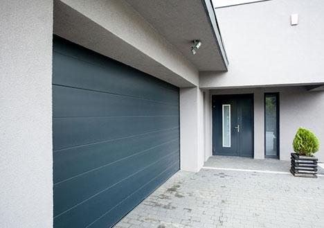 Mooie garage vast aan huis